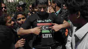 In Egypt, Libyan Exiles Say Rebels Need Weapons