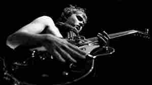 Joe Robinson: Self-Taught Guitar Virtuoso