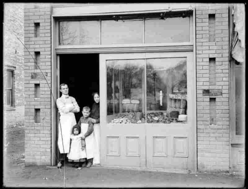 William Wainwright Bakery, 1903