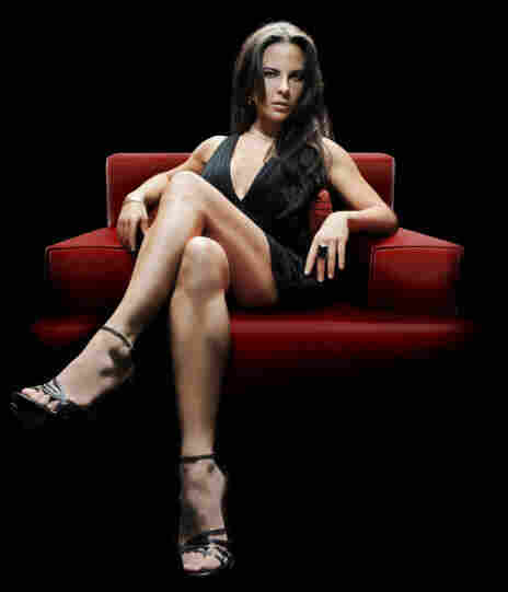 La Reina del Sur, which debuted on Telemundo in March, is the first Spanish language soap opera to feature a female drug lord. Teresa Mendoza (Kate del Castillo) flees her small-town Mexican home after her lover is murdered — and becomes the most powerful woman in narcotics trafficking.