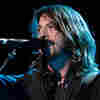 Dave Grohl: How To Make An Arena Feel Like A Punk Club