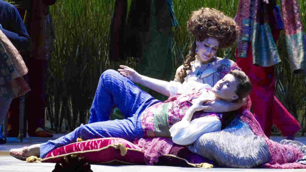 Alcina (Anja Harteros) and Ruggiero (Vesselina Kasarova) share a more intimate moment.