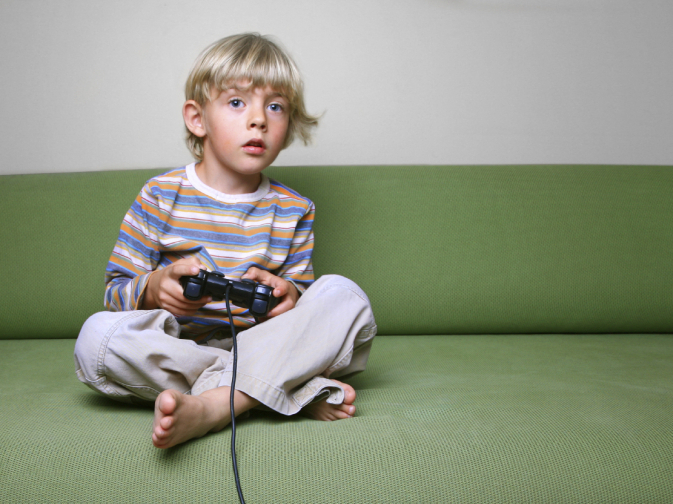 essays tv viewing harmful children Argumentative essay : effects of television 20001 are mostly on television viewing who make use of television to get rid of children to carry on.