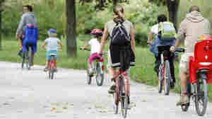 Nine Kids, Two Parents In 'No Biking In The House'