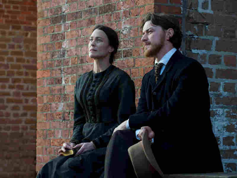 Robin Wright plays Mary Surratt, the woman alleged to have aided the plotters of President Lincoln's assassination in Robert Redford's The Conspirator. James McAvoy plays her initially reluctant attorney.