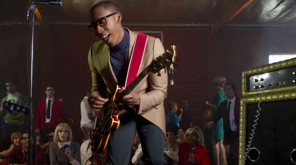 Raphael Saadiq recently performed on World Cafe.