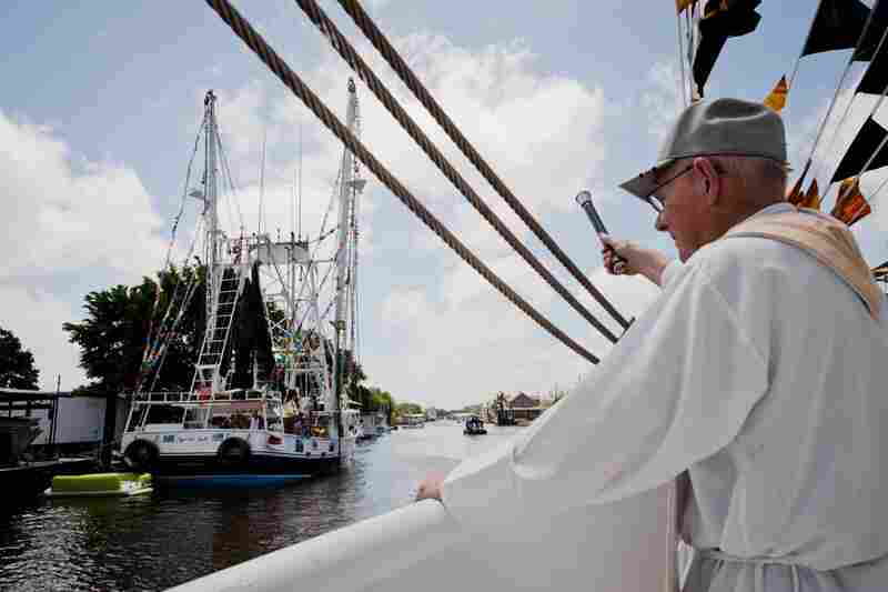 Father Brendan Foley blesses the Mariah Jade. A tradition that began centuries ago in Mediterranean fishing communities, the boat blessing ceremony has been reinterpreted across the world and varies widely according to local tradition.