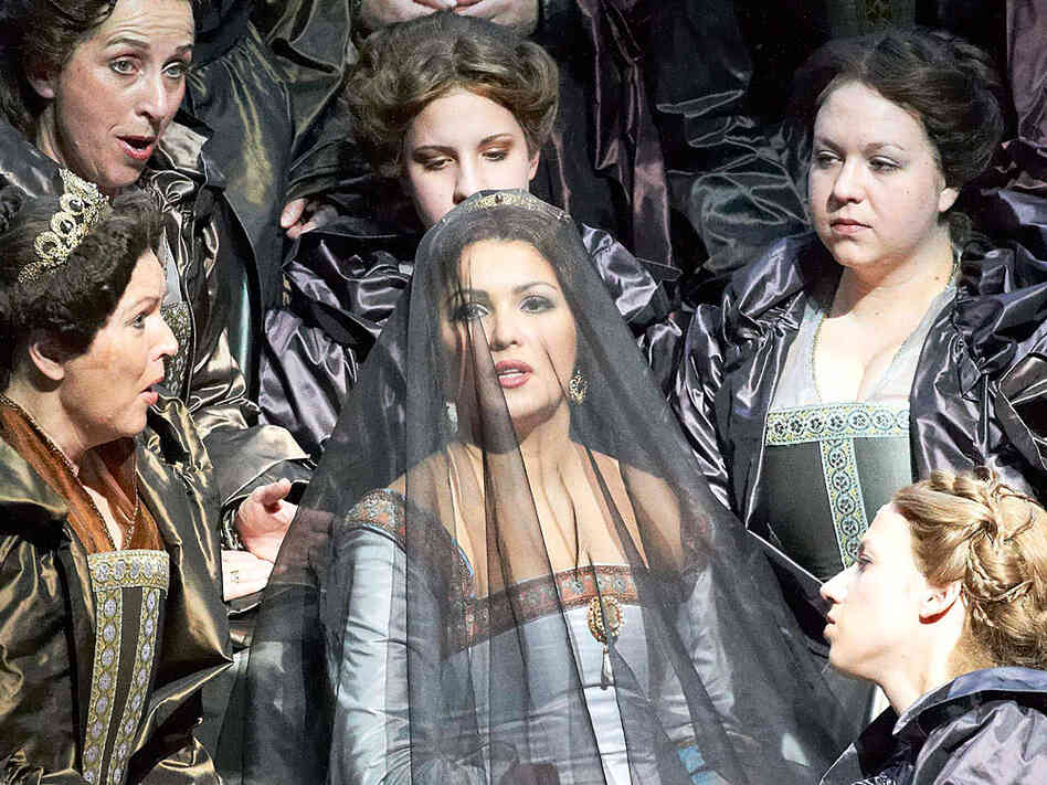Soprano Anna Netrebko stars in the Vienna State Opera production of Donizetti's Anna Bolena.