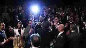 Obama Raises Celebrity Cash, But Trip Goes Off Script