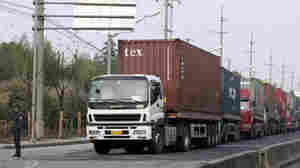 Chinese Truck Drivers Block Port Over Gas Prices