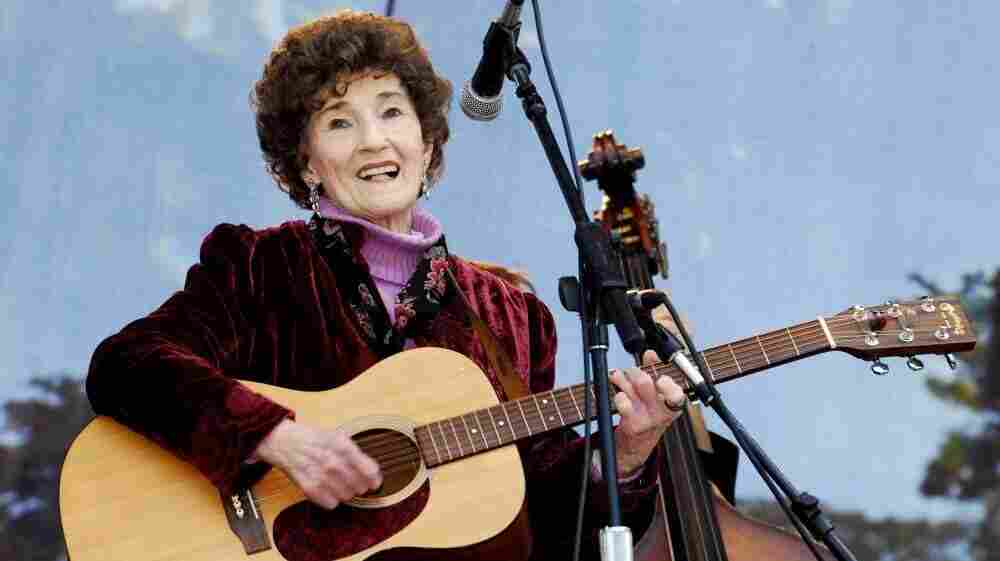 Hazel Dickens onstage at the Hardly Strictly Bluegrass Festival in San Francisco in 2008.