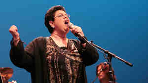 Phoebe Snow onstage at the Berks Jazz Festival in Reading, Pa., in 2009.