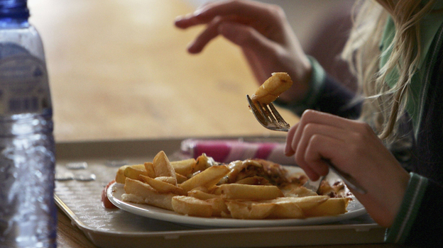 The new nutrition law gives local providers preference when they bid for school food contracts. (Getty Images)