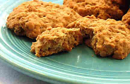 Garam Masala Oatmeal-Raisin Cookies
