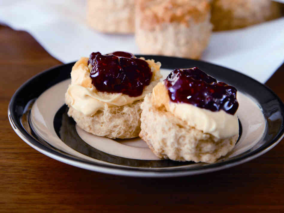 Recipe: Buttermilk Scones and Jumbleberry Jam