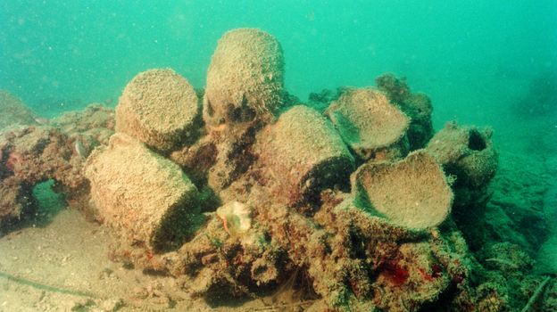 <strong>Under The Sea:</strong> Ewers and ceramic fragments thought to be more than 1,000 years old were found on a sunken merchant ship off the coast of Belitung Island, Indonesia, in 1998.