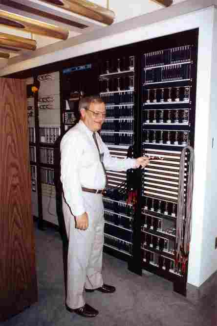Frank Mankiewicz launches the MOTC, the satellite control system, on July 17, 1981 (photo by Ched Hudson).