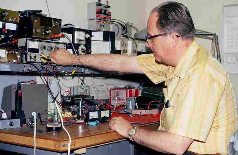 Wayne Hetrich working on the Accu-Peak meter. This device, which NPR had patented, measures loudness.