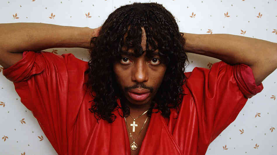 Rick James poses West Hollywood, Calif., in 1987. He died in 2004, but his estate is suing his label for royalties it says he's owed for digital sales.