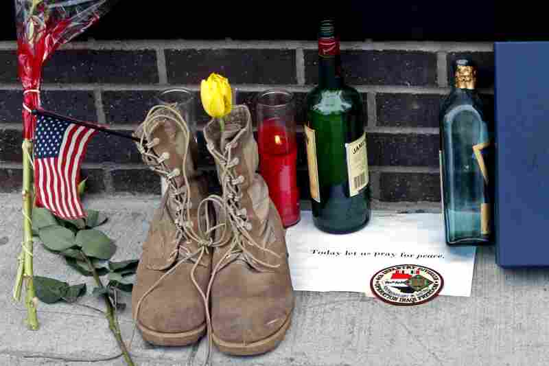 A memorial outside Firehouse 343 at the World Trade Center construction site on May 3, following the death of Osama bin Laden.