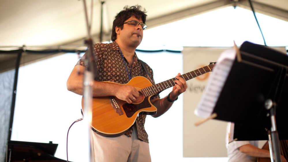 Rez Abbasi Acoustic Quartet, Trio Da Paz On JazzSet