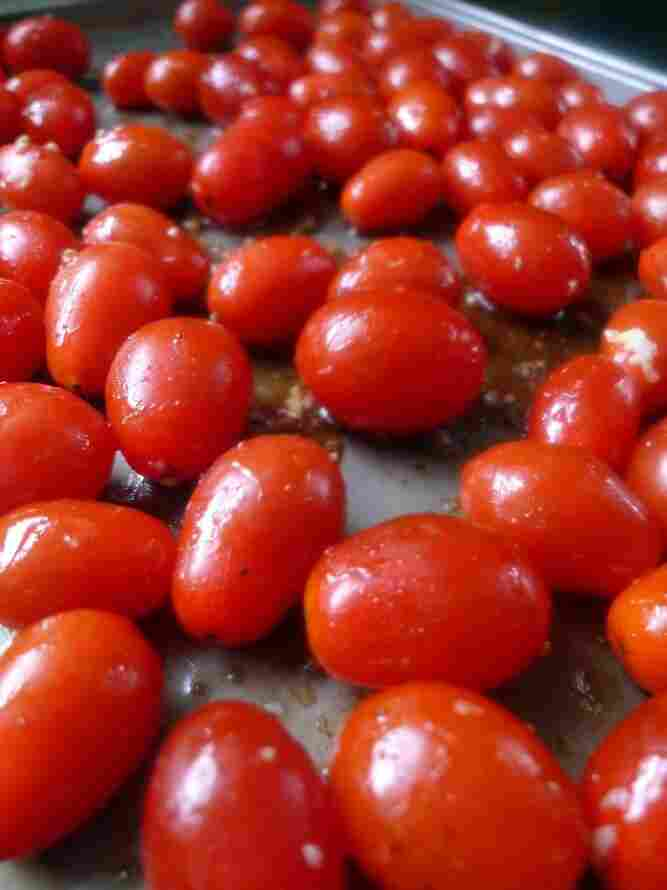 Grape tomatoes are among the latest foods to be recalled due to potential contamination with salmonella.
