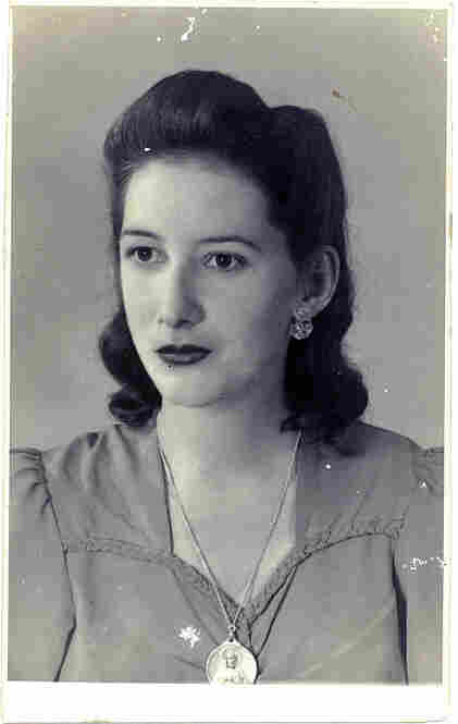 Aurora Navas grew up in Cuba. When this photo was taken, in 1944, her father was the chief engineer at a sugar mill in the province of Matanzas.