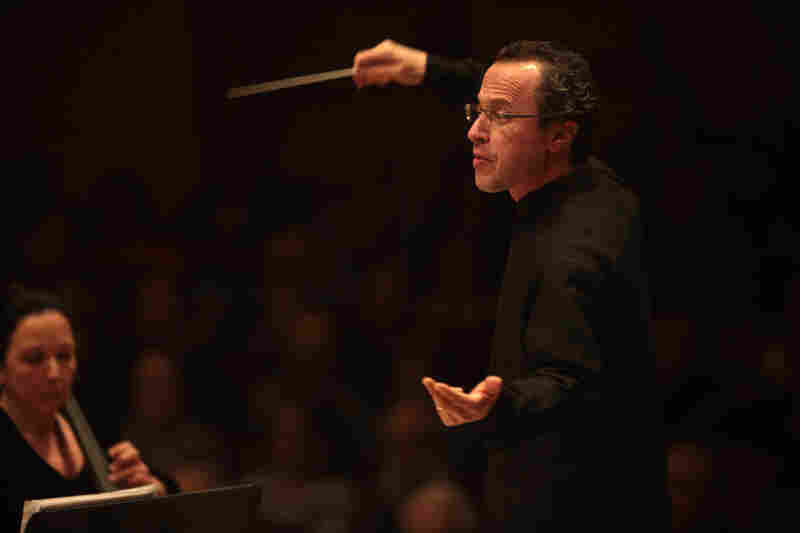 """The Albany Symphony Orchestra with music director David Alan Miller made its long-awaited Carnegie Hall debut, after 81 years, with an innovative, all-American program called """"Spirituals Re-Imagined."""""""