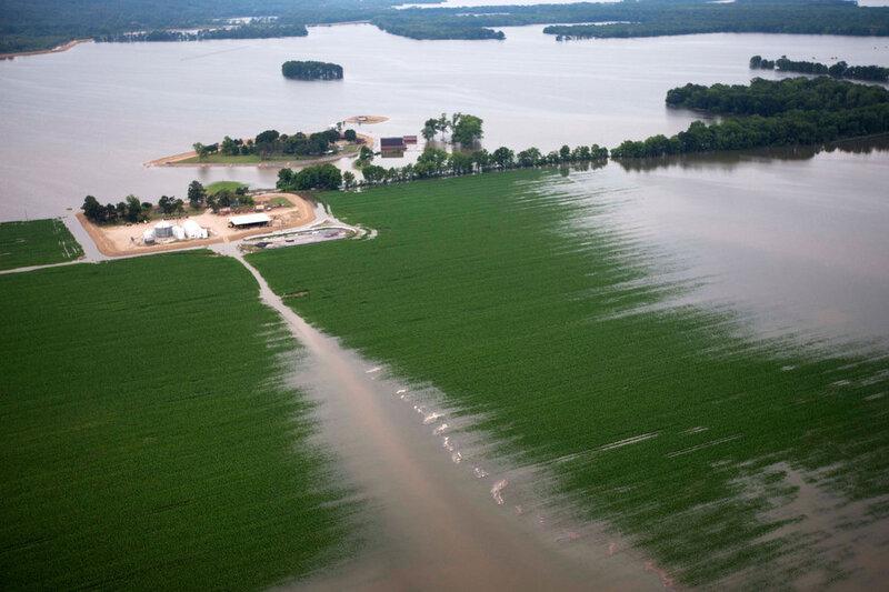 Memphis Flooding Peaks