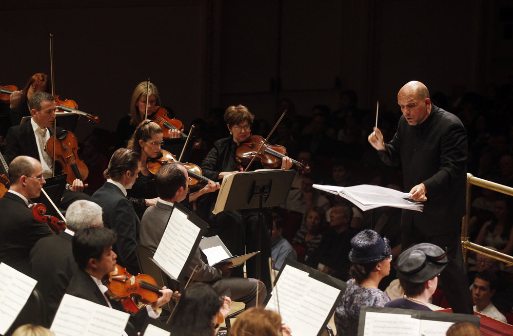"Music Director Jaap van Zweden leads the Dallas Symphony Orchestra. Steven Stucky's ""August 4, 1964"" was commissioned for the 100th anniversary of Lyndon Baines Johnson's birth. The evening-long oratorio centers on the day two key issues in Johnson's Presidency converged: the Vietnam War and the civil rights movement."