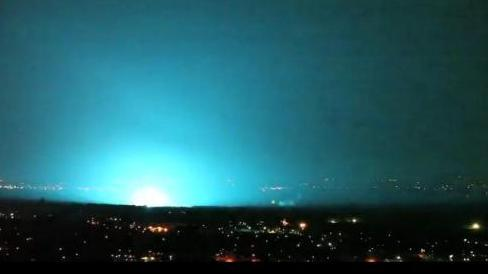 Flashes Light Up Sky Over Fort Worth