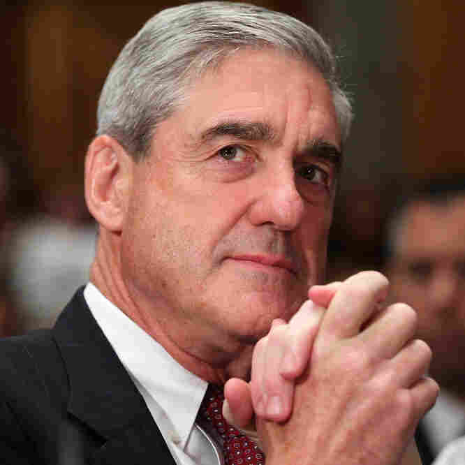 FBI Director Robert Mueller. (Sept. 22, 2010, file photo.)