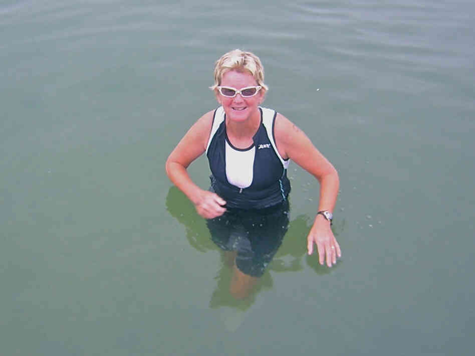 Janet Ohlsen, pictured here in 2009 after completing a triathalon, has battled depression, anxiety and bipolar disorder. After a long search for mental health care, Ohlsen found a psychotherapist with whom she clicked.