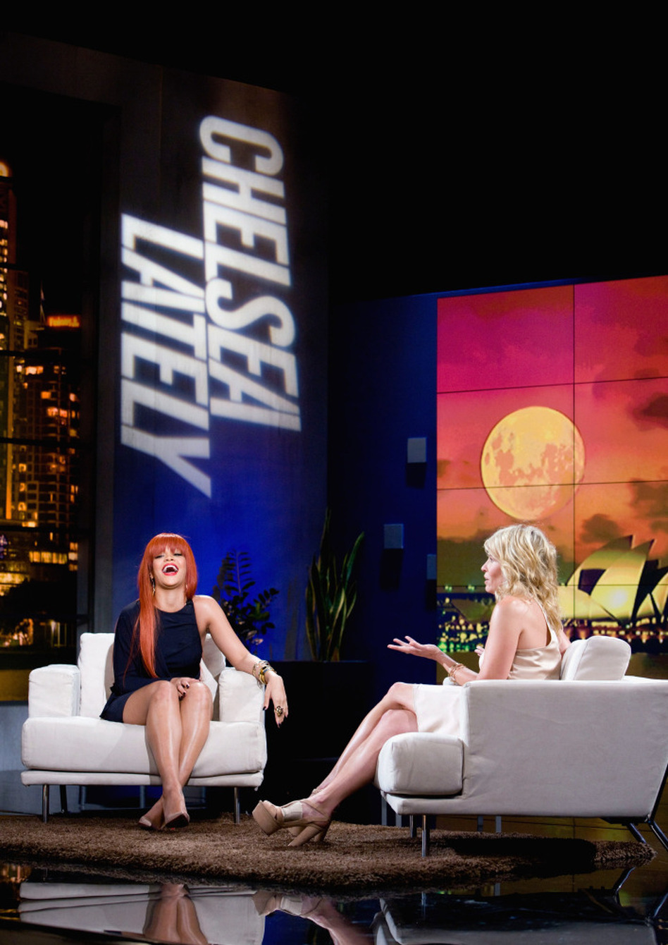 Chelsea Handler interviews Rihanna on an episode of her show <em>Chelsea Lately</em> broadcast from Sydney.