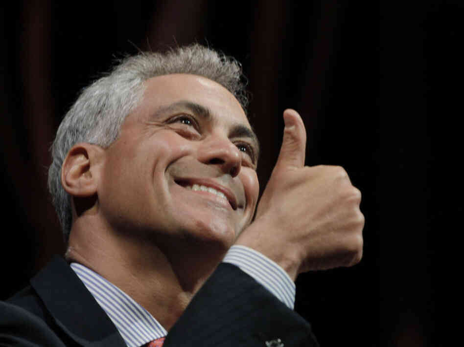 Rahm Emanuel gives the audience a thumbs up at a Chicago discussion about the impact of the arts on economic development, April 27, 2011.