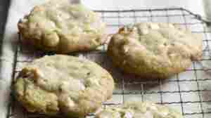 Recipe: 'White Chocolate-Macadamia Nut Cookies'