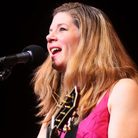 Dar Williams performed on Mountain Stage.