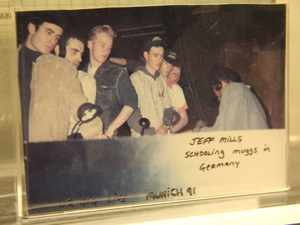 "A photo of Jeff Mills ""schooling mugs in Germany"" at the Submerge techno museum."