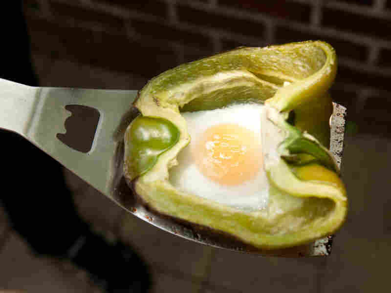 Yes, you can barbecue an egg.