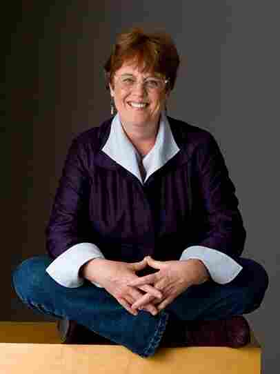 Liane Hansen hosted Weekend Edition Sunday for 22 years.