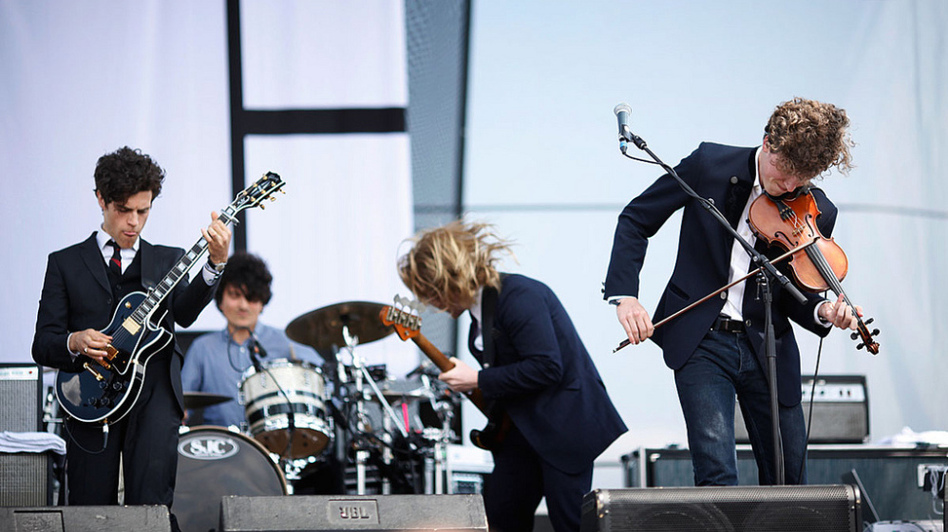 Noah and The Whale performs at the 2011 Sasquatch Music Festival. (James Bailey for KEXP)