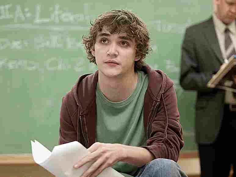 Kyle Gallner plays Sam, a troubled college student who takes the lives of almost two dozen of his classmates, followed by his own.