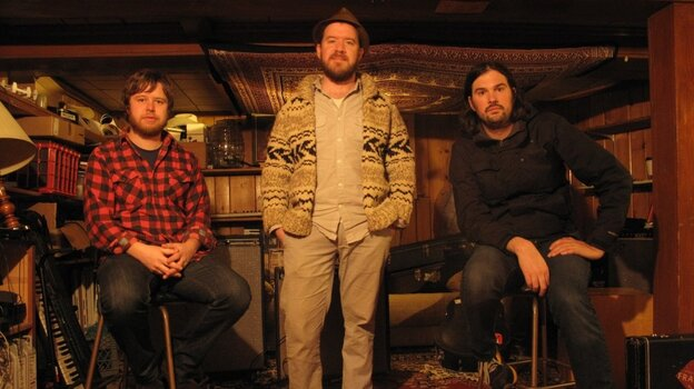 The Cave Singers.
