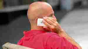 Cellphones May Pose Cancer Risk, Panel Says