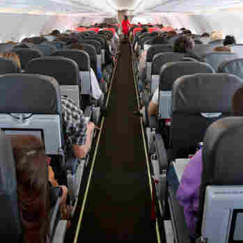 In-Flight Etiquette: How To Keep Peace In The Cabin