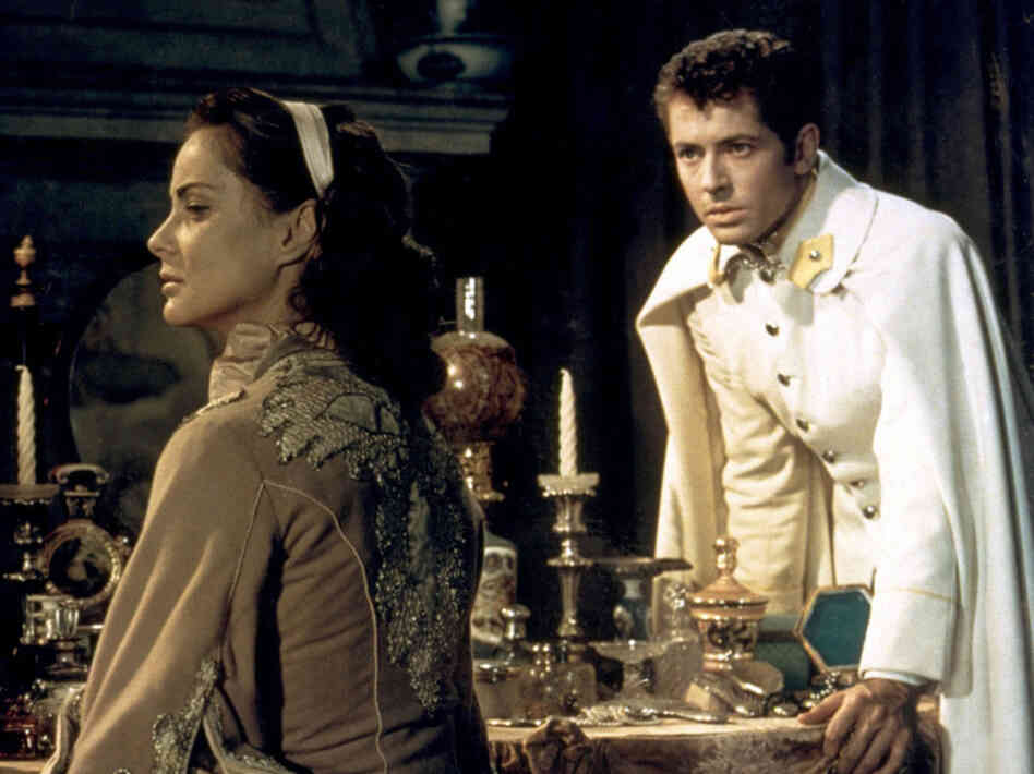 Alida Valli stars as Countess Livia Serpieri and Farley Granger plays Lieut. Franz Mahler in Senso.