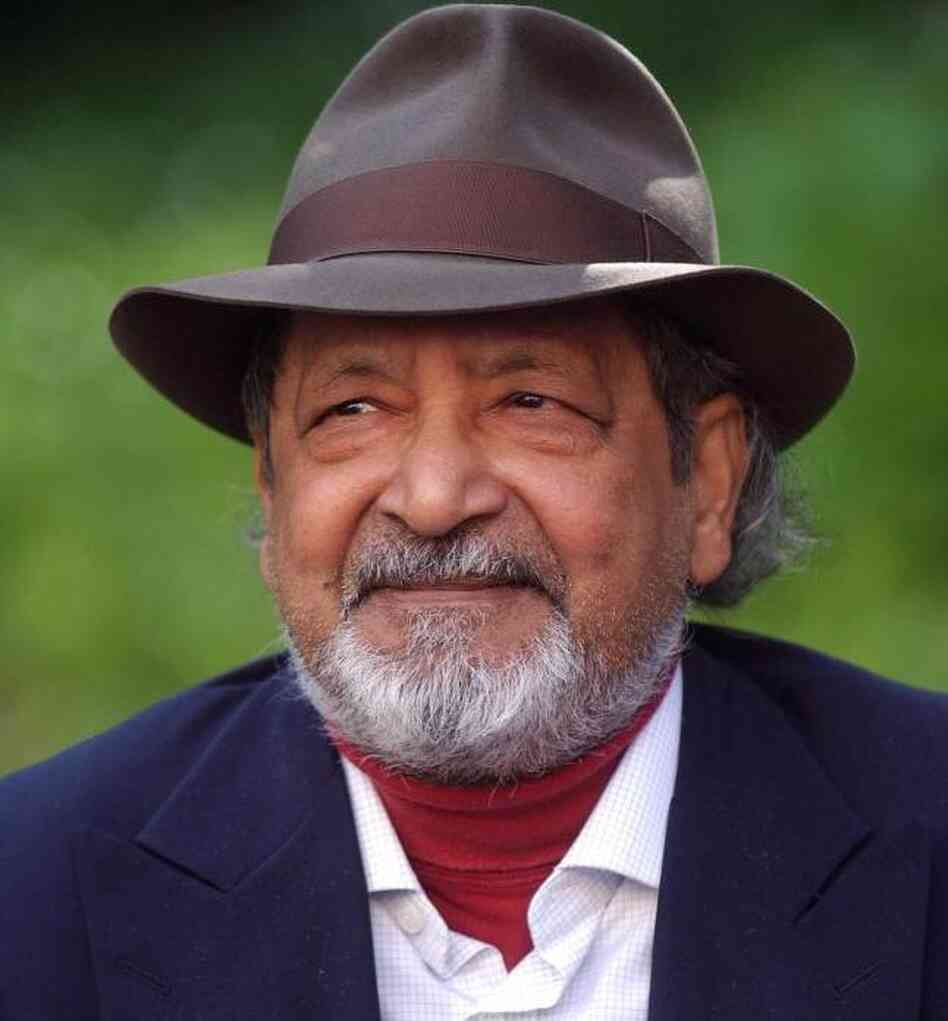 Vidiadhar Surajprasad Naipaul in Madrid in 2002.