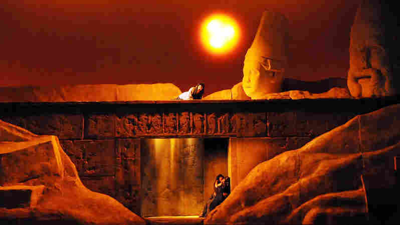 The fates of Aida and Radames are sealed in their tomb, as Amneris sings a prayer from above.