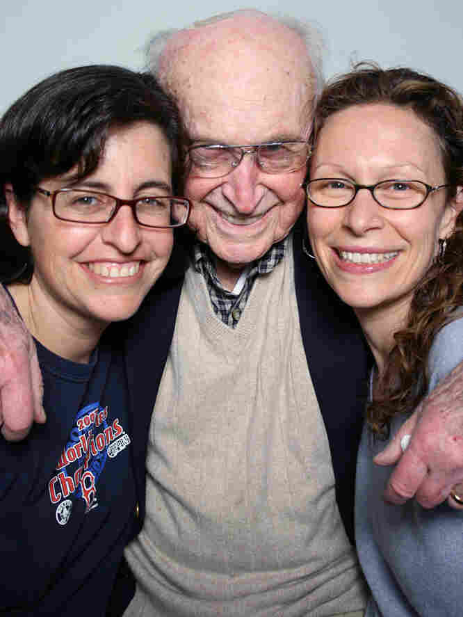 Martin Levin talked with his granddaughters Jennifer Goebel (left) and Zoe Crowe at StoryCorps in Atlanta.