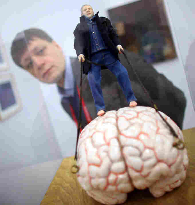 """Ik men meijn eigen brein"" (Me with my own brain) by the Belgian artist Jan Fabre"